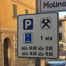 Presto nuove disposizioni per i parcheggi adibiti al carico-scarico merci