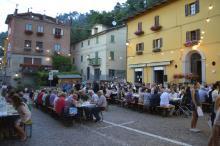 """Al via l'edizione 2018 di """"Vino, spizzichi e ... bocconi"""", in piazza Dall'Olio a Loiano"""